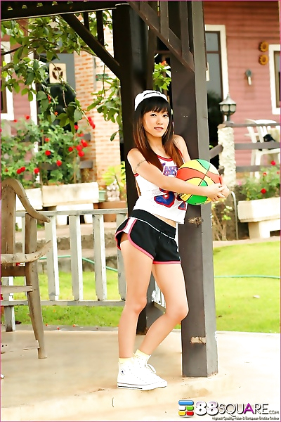 Gorgeous asian teen jenny..