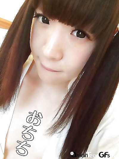 Gorgeous japanese teen takes..