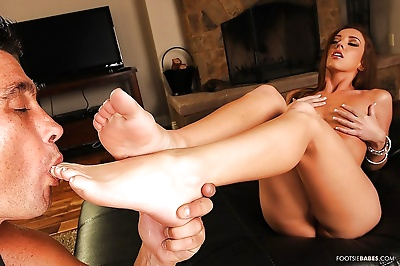 Maddy Oreilly gives a..